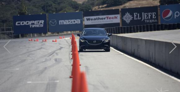 Le contrôle de vecteur de force G de Mazda testé et expliqué