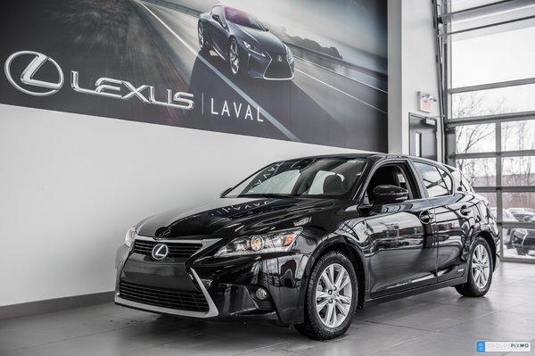 2016 Lexus CT 200h FWD- Taux à compter de 1.9%