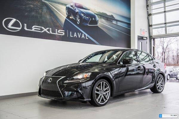Lexus IS 250 PREMIER VERSEMENT EN AVRIL 2014
