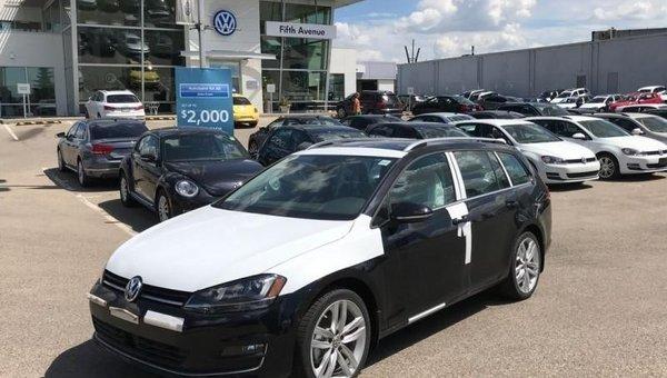 2017 Volkswagen GOLF SPORTWAGEN Highline  - $223.32 B/W
