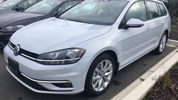 2019 Volkswagen GOLF SPORTWAGEN Highline 4Motion Auto w/ Drivers Assist Pkg.