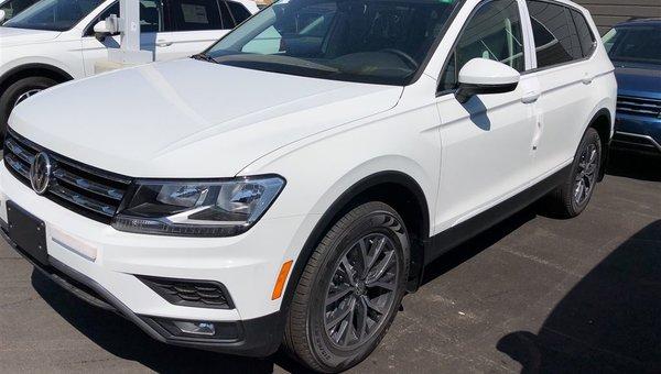 2018 Volkswagen Tiguan Comfortline 4Motion Auto w/ Navigation