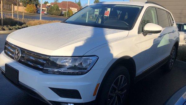 2018 Volkswagen Tiguan Comfortline 4Motion w/ 3rd Row Seats & Navigation