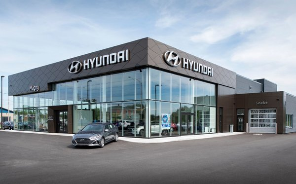 See in pictures our new Hyundai Magog showroom!