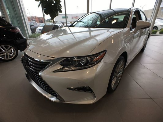 2017 Lexus ES 350 Base (A6)