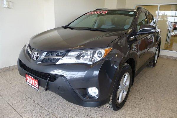 2013 Toyota RAV4 XLE AWD + SUNROOF