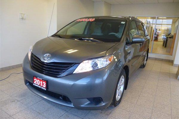 2013 Toyota Sienna CE V6 7 Passenger