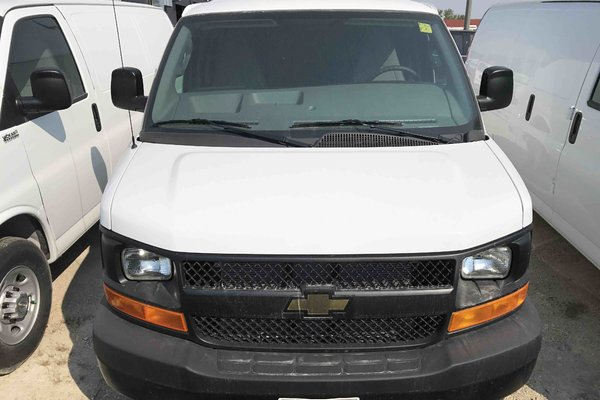 2017 Chevrolet Express 2500 1WT