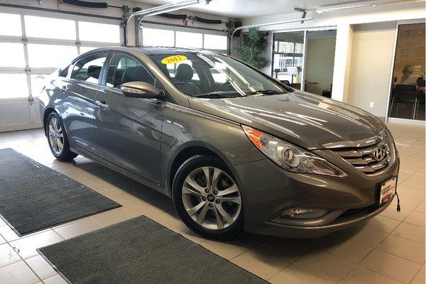 2012 Hyundai Sonata Limited - LEATHER / SUNROOF