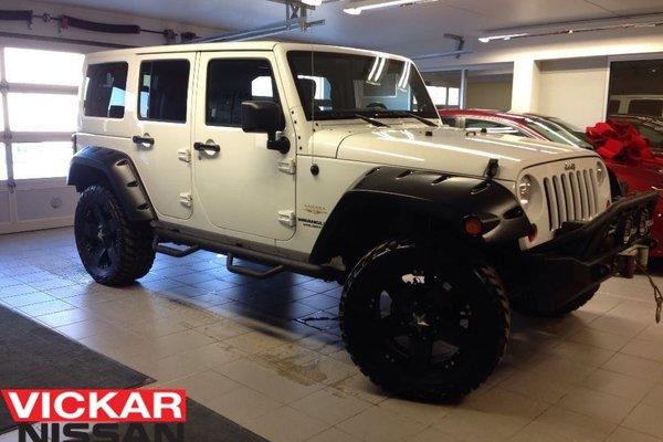2013 Jeep Wrangler Unlimited SAHARA/LEATHER/WINCH/NAVI/CUSTOM WHEELS!!!