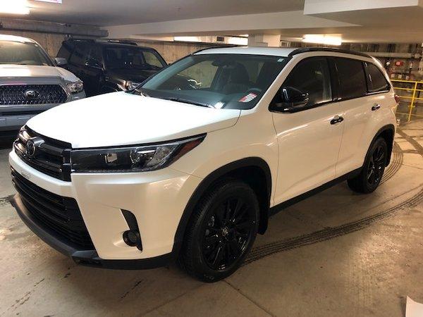 Toyota Highlander SE EDITION NIGHT SHADE 2019