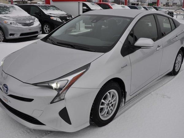 Toyota Prius HYBRIDE (GARANTIE 200000KM TOYOTA INCLUS) 2017