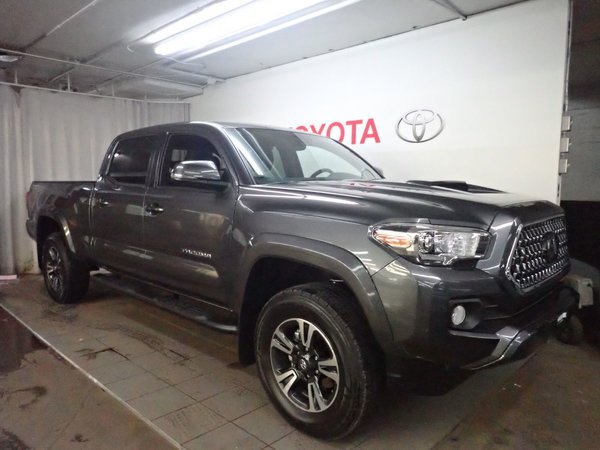 2018 Toyota Tacoma TRD SPORT 4X4