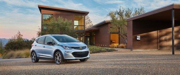 Dites adieu à l'essence avec la Chevrolet Bolt 2017