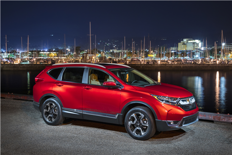 Here's what the media thinks of the new 2017 Honda CR-V