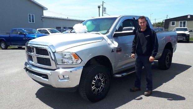 Félicitation à Janick Bouchard qui à fait l`acquisition d'un Ram 2500 diesel la journée de son 18e anniversaire.