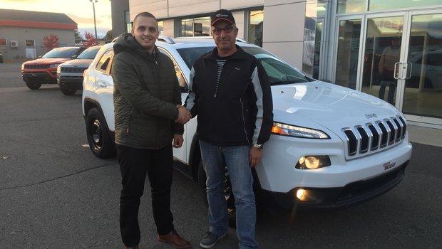 Un gros merci à M. Jean-Pierre Morin pour l'achat son magnifique Jeep Cherokee ! Bonne route.