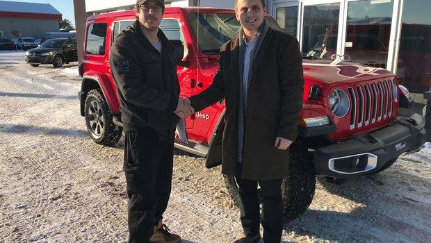 Merci à M. Jean-Francois Caron pour l'achat de son magnifique Jeep Wrangler Sahara! Un nouveau dans la famille Jeep chez Windsor ! BONNE ROUTE.