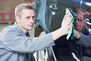 Automobile Detailing Attendant
