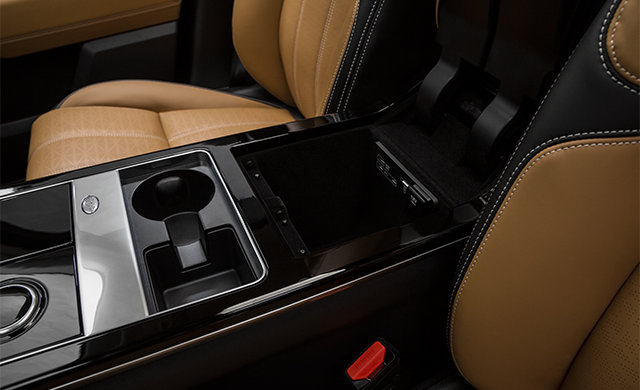 Land Rover Range Rover Velar R-DYNAMIC SE 2018 - 3