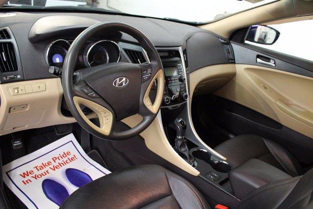 hyundai sonata 2011 interior. 2011 hyundai sonata limited 24l 4 cyl automatic fwd 4d sedan leather interior heated interior