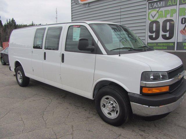 Chevrolet Express Cargo Van 2500 2017 TRES RARE !!