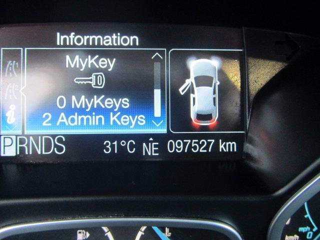 Ford Focus Titanium 2012 SIEGES CHAUFFANT