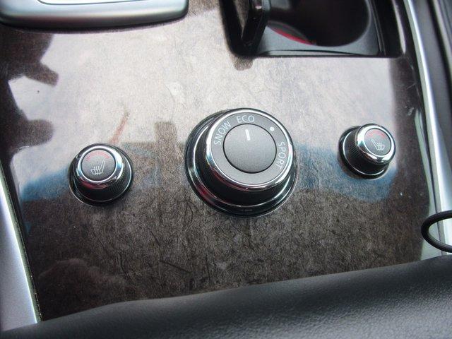 Infiniti JX35 AWD 2013 A QUI LA CHANCE !?