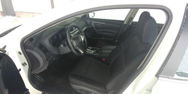 Nissan Altima  2017 COMME NEUF