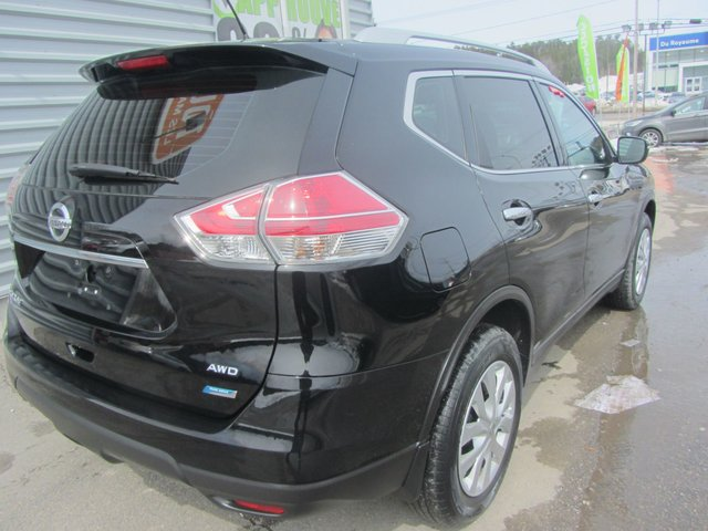 Nissan Rogue  2014 COMME NEUF !!!!