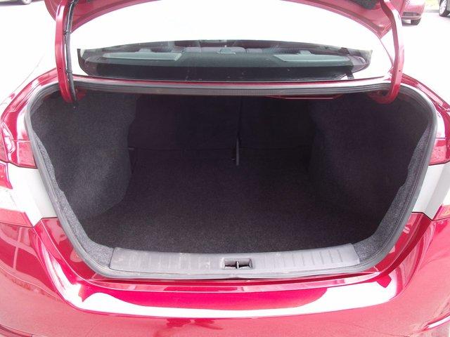 Nissan Sentra SR 2013 BAS KILO