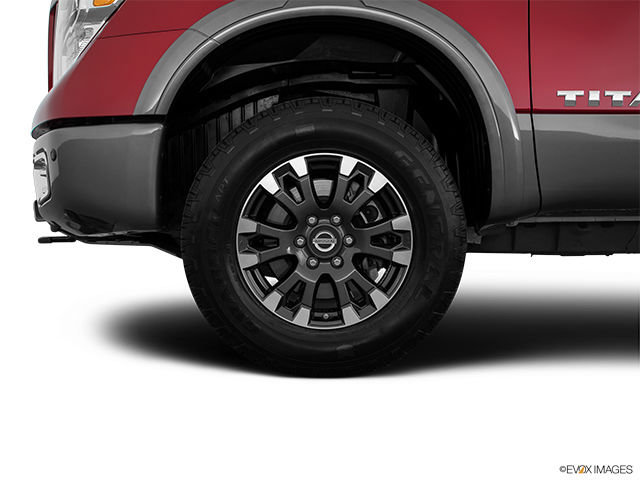 Nissan Titan XD Essence PRO-4X 2017