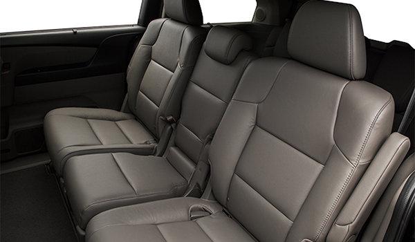 2016 Honda Odyssey TOURING | Photo 2 | Truffle Leather