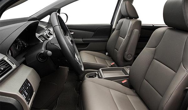 2016 Honda Odyssey TOURING | Photo 1 | Truffle Leather