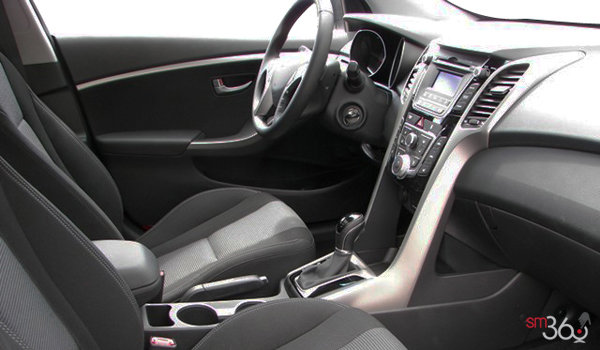 2016 Hyundai Elantra GT GLS | Photo 3 | Black Cloth
