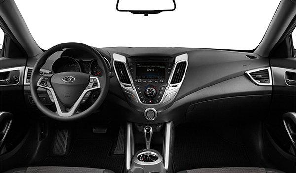 2016 Hyundai Veloster SE | Photo 3 | Black Cloth