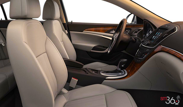 2017 Buick Regal PREMIUM II | Photo 1 | Light Neutral/Cocoa Leather