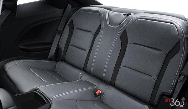 2017 Chevrolet Camaro coupe 1LT | Photo 2 | Medium Ash Grey Cloth