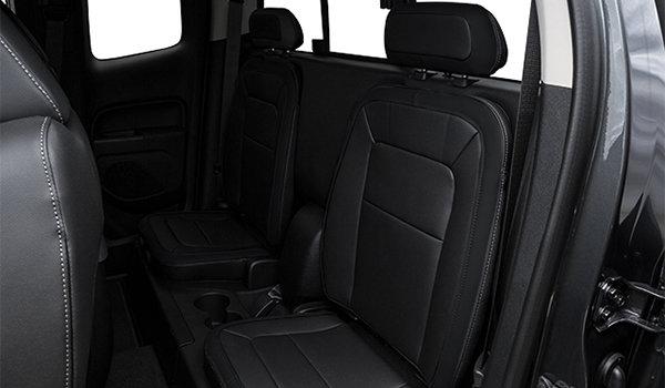 2017 Chevrolet Colorado ZR2   Photo 2   Jet Black Leather