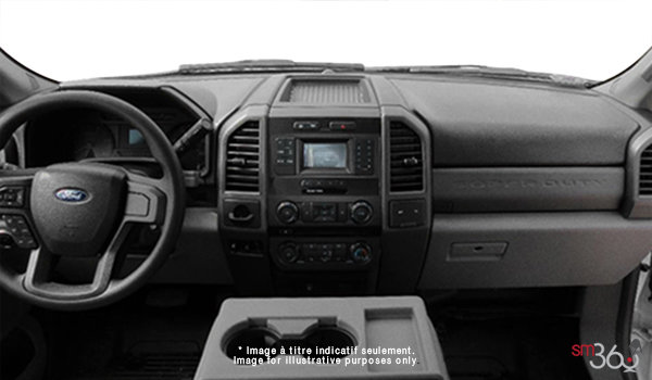 2017 Ford Chassis Cab F-550 XL | Photo 3 | Medium Earth Grey Cloth