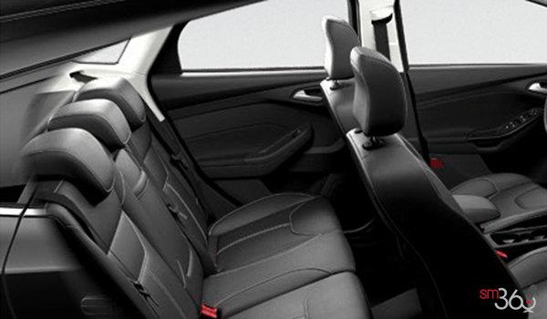 2017 Ford Focus Hatchback TITANIUM   Photo 2   Charcoal Black Leather