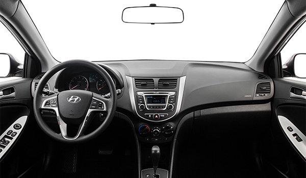 2017 Hyundai Accent 5 Doors SE | Photo 3 | Black Woven Cloth