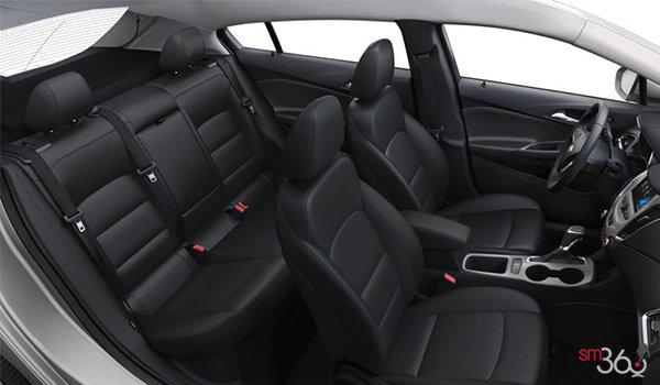 2018 Chevrolet Cruze Hatchback - Diesel LT | Photo 2 | Jet Black Cloth