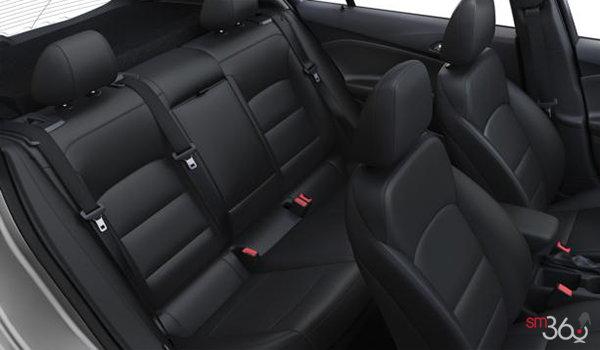 2018 Chevrolet Cruze Hatchback LT | Photo 2 | Jet Black Cloth