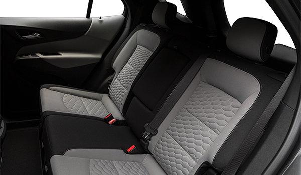 2018 Chevrolet Equinox LT | Photo 2 | Medium Ash Grey Premium Cloth