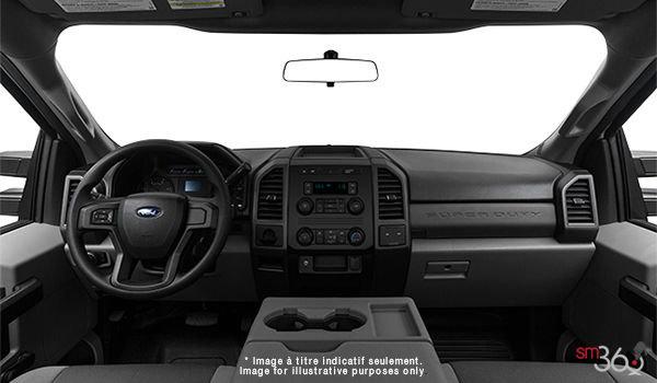 2018 Ford Chassis Cab F-350 XL   Photo 3   Medium Earth Grey HD Cloth (4S)