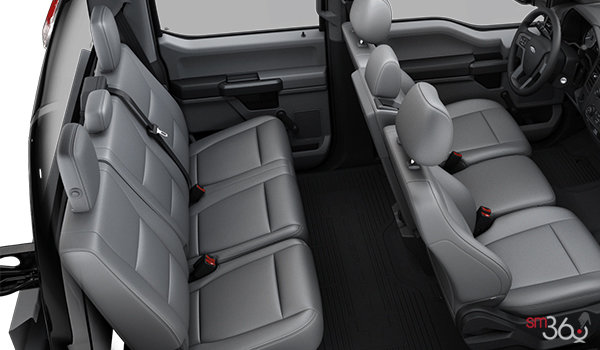2018 Ford Chassis Cab F-350 XL   Photo 2   Medium Earth Grey HD Vinyl Bench (AS)