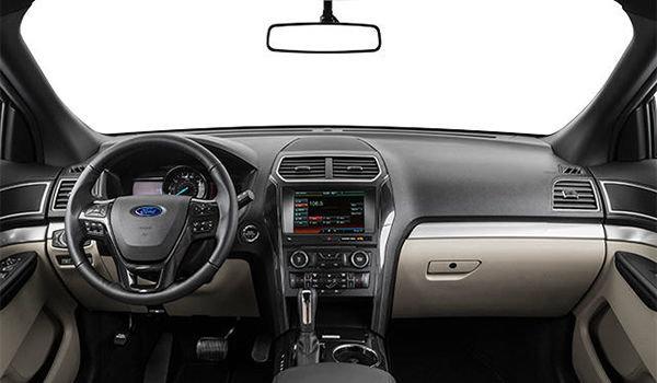 2018 Ford Explorer XLT | Photo 3 | Medium Stone Unique Cloth  (8L)