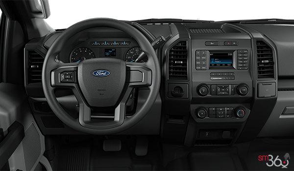 2018 Ford F-150 XL | Photo 3 | Medium Earth Grey Cloth Bench (CG)