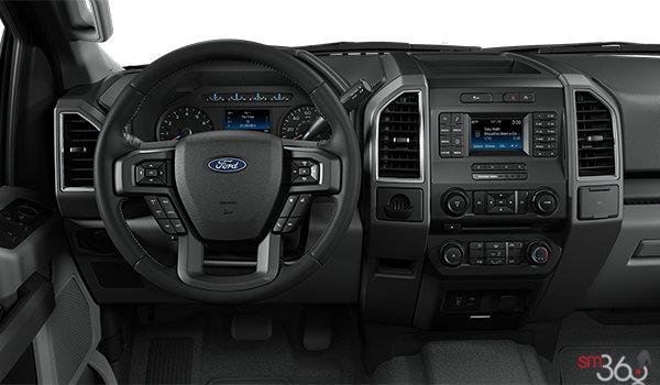 2018 Ford F-150 XLT   Photo 3   Medium Earth Grey Cloth Bench (MG)